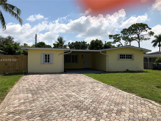 1280 SW 29th Ter, Fort Lauderdale, FL 33312 (MLS #A10576192) :: Miami Villa Team