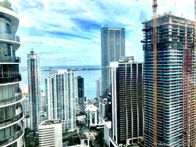 55 SW 9th St #1405, Miami, FL 33130 (MLS #A10576599) :: Keller Williams Elite Properties