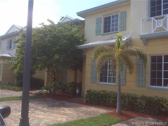 1213 Lucaya Dr, Riviera Beach, FL 33404 (MLS #A10577392) :: Miami Villa Team