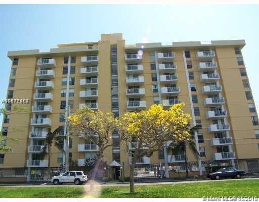 2020 NE 135th St #808, North Miami, FL 33181 (MLS #A10577404) :: Grove Properties