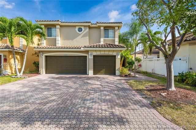 4615 NW 121st Ave, Coral Springs, FL 33076 (MLS #A10577570) :: The Teri Arbogast Team at Keller Williams Partners SW