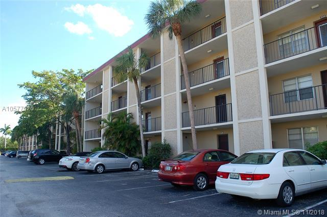 2650 NW 49th Ave #427, Lauderdale Lakes, FL 33313 (MLS #A10577820) :: Green Realty Properties