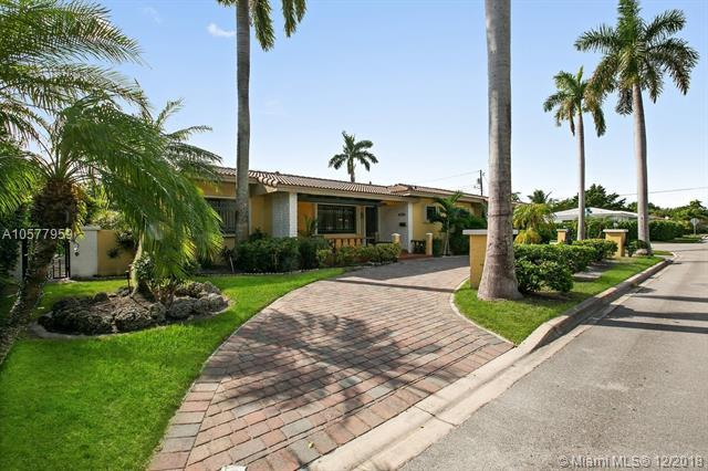724 90th St, Surfside, FL 33154 (MLS #A10577959) :: Miami Villa Team