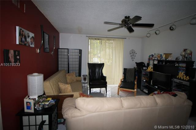 8400 W Sample Rd #105, Coral Springs, FL 33065 (MLS #A10578033) :: Miami Villa Team