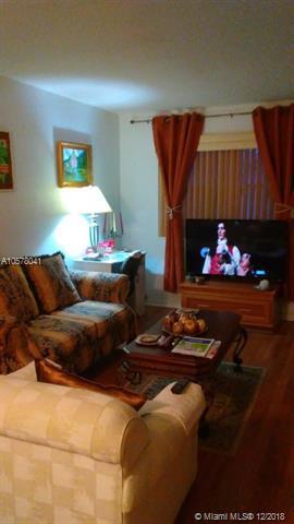 2303 Polk St #107, Hollywood, FL 33020 (MLS #A10578041) :: Miami Villa Team