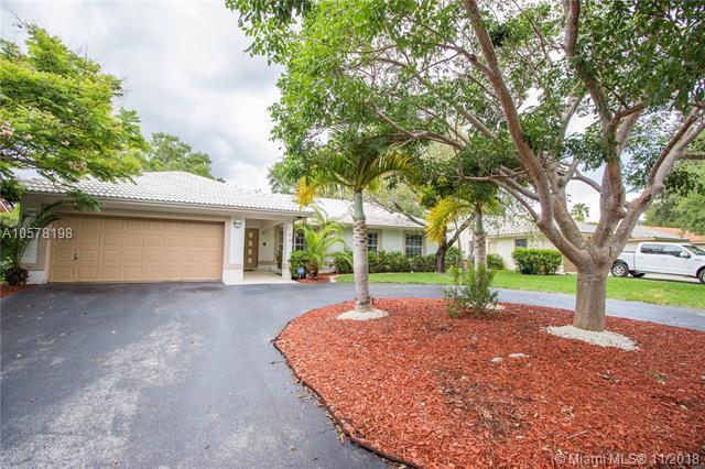 244 NW 123rd Ln, Coral Springs, FL 33071 (MLS #A10578198) :: Laurie Finkelstein Reader Team