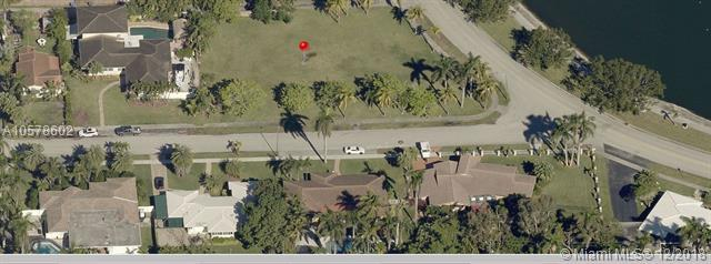 1229 Madison St, Hollywood, FL 33019 (MLS #A10578602) :: Green Realty Properties
