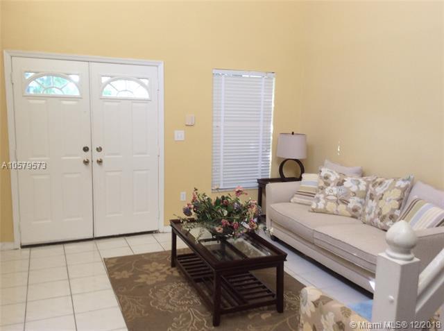 5966 SW 112th Ln, Cooper City, FL 33330 (MLS #A10579573) :: Miami Villa Team