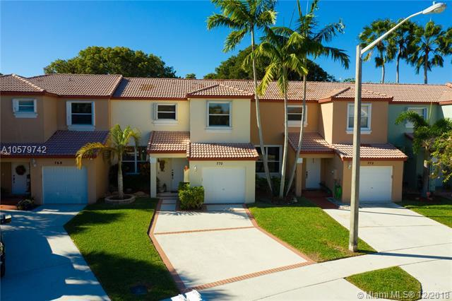 770 NW 154th Ave, Pembroke Pines, FL 33028 (MLS #A10579742) :: Green Realty Properties