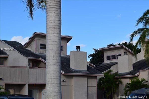 3967 Coral Springs Dr #18, Coral Springs, FL 33065 (MLS #A10579846) :: Miami Villa Team
