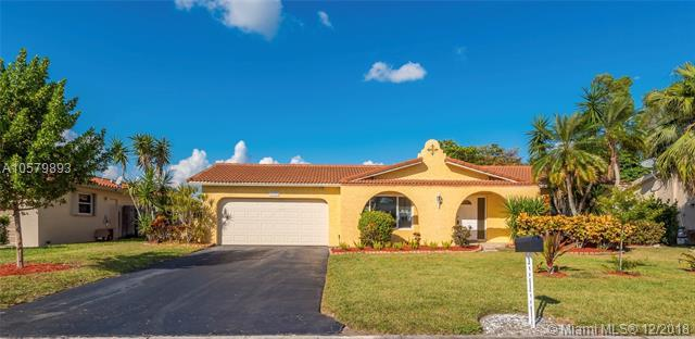 11913 NW 31st St, Coral Springs, FL 33065 (MLS #A10579893) :: Green Realty Properties