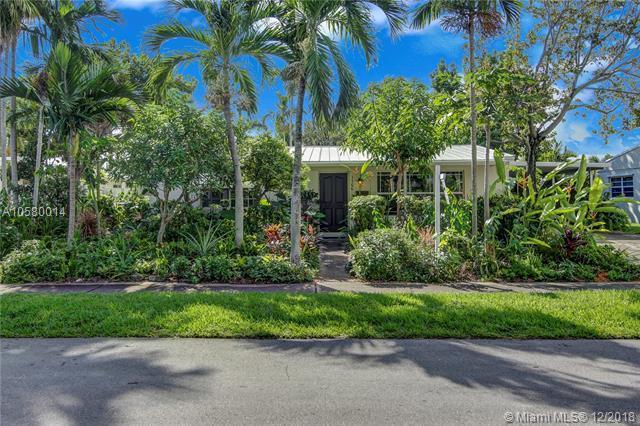 1166 Garfield St, Hollywood, FL 33019 (MLS #A10580014) :: Green Realty Properties