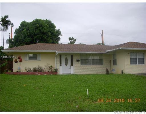 2832 SW 3rd St, Fort Lauderdale, FL 33312 (MLS #A10580440) :: Green Realty Properties