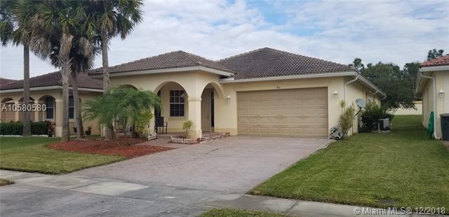 762 Bent Creek Dr, Fort Pierce, FL 34947 (MLS #A10580580) :: Green Realty Properties