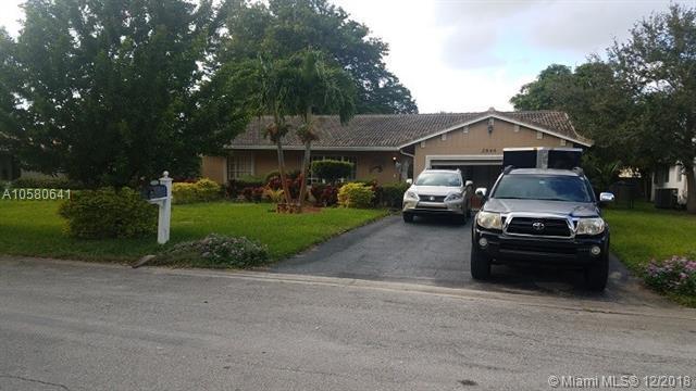 Coral Springs, FL 33065 :: Laurie Finkelstein Reader Team