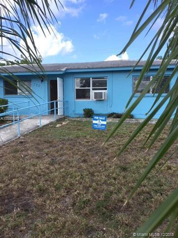 370 W 29th St, Riviera Beach, FL 33404 (MLS #A10580648) :: Miami Villa Team