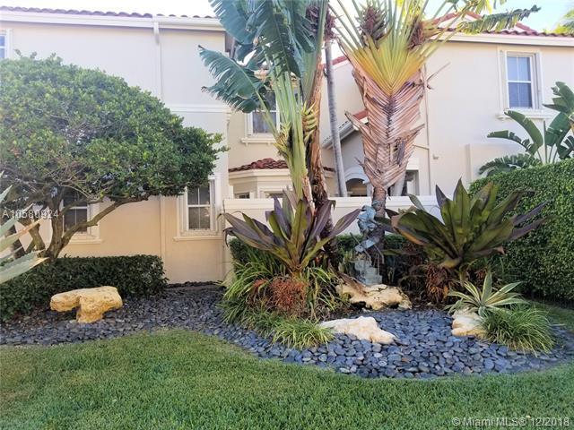 935 S Harbor Vw S #935, Hollywood, FL 33019 (MLS #A10580924) :: Laurie Finkelstein Reader Team