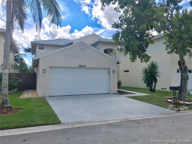 3842 NW 23RD MNR, Coconut Creek, FL 33066 (MLS #A10581002) :: Miami Villa Team