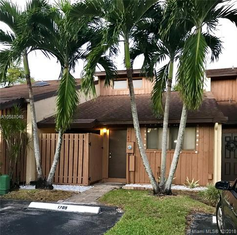 4149 S Pine Island Rd, Davie, FL 33328 (MLS #A10581048) :: Miami Villa Team