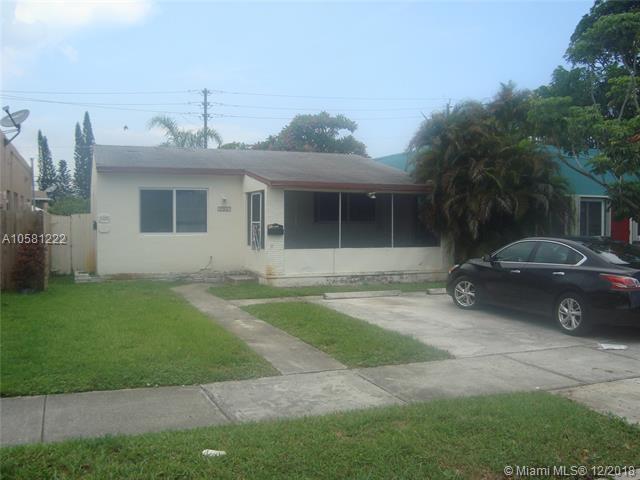 1953 Pierce St, Hollywood, FL 33020 (MLS #A10581222) :: Miami Villa Team