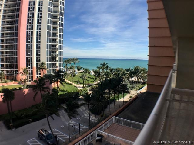 19201 Collins Ave #425, Sunny Isles Beach, FL 33160 (MLS #A10581260) :: Green Realty Properties
