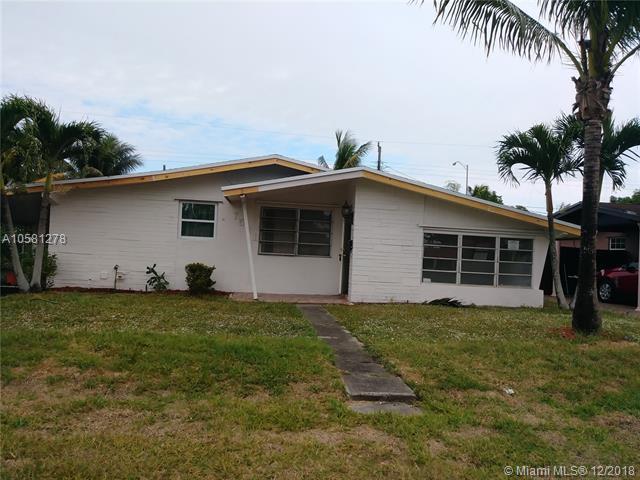 7521 Granada Blvd, Miramar, FL 33023 (MLS #A10581278) :: Laurie Finkelstein Reader Team