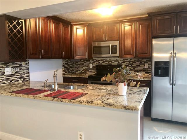 5509 NW 59th Pl #5509, Tamarac, FL 33319 (MLS #A10581413) :: Green Realty Properties
