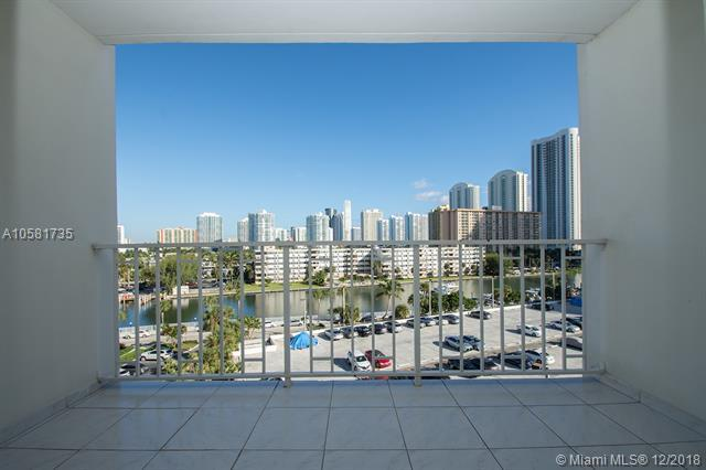 300 Bayview Dr #611, Sunny Isles Beach, FL 33160 (MLS #A10581735) :: The Teri Arbogast Team at Keller Williams Partners SW