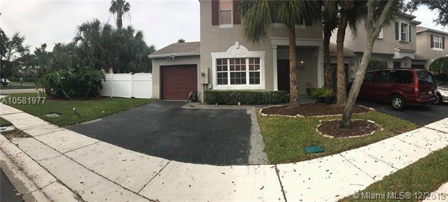 6001 Plum Isle Way 443-7, Tamarac, FL 33321 (MLS #A10581977) :: Miami Villa Team