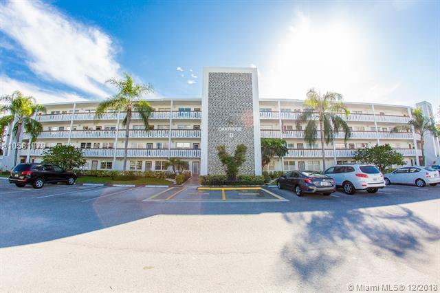 1024 Oakridge D D, Deerfield Beach, FL 33442 (MLS #A10581979) :: Miami Villa Team