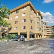 8030 Hampton Blvd #401, North Lauderdale, FL 33068 (MLS #A10582050) :: Green Realty Properties