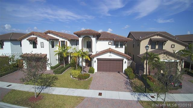 10255 NW 87th Ter, Doral, FL 33178 (MLS #A10582065) :: The Riley Smith Group