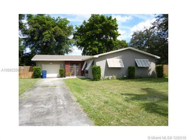 4851 SW 36th Ct, Pembroke Park, FL 33023 (MLS #A10582256) :: Miami Villa Team
