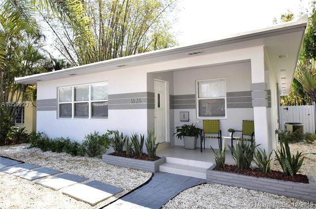 1626 Jefferson St, Hollywood, FL 33020 (MLS #A10582276) :: Green Realty Properties