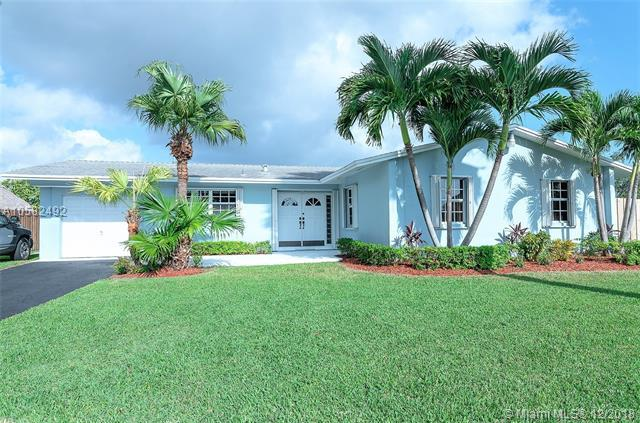 9501 SW 190th St, Cutler Bay, FL 33157 (MLS #A10582492) :: Miami Villa Team