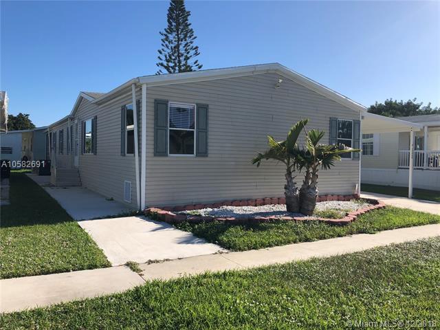 11469 SW 10 Ct, Davie, FL 33325 (MLS #A10582691) :: Green Realty Properties