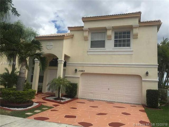 15882 NW 14th Manor, Pembroke Pines, FL 33028 (MLS #A10582781) :: Miami Villa Team