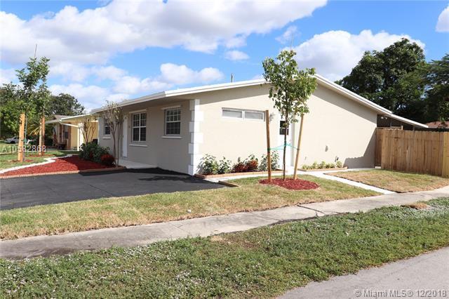 7320 Mcarthur Pkwy, Hollywood, FL 33024 (MLS #A10582868) :: Miami Villa Team