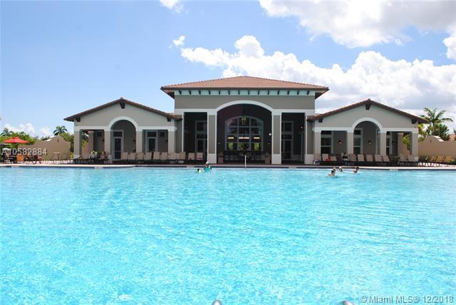 22921 SW 88th Pl #303, Cutler Bay, FL 33190 (MLS #A10582884) :: Green Realty Properties