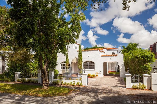 1253 Alhambra Cir, Coral Gables, FL 33134 (MLS #A10582912) :: The Riley Smith Group