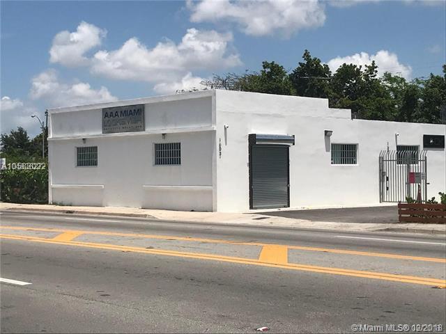 1603 NW 54th St, Miami, FL 33142 (MLS #A10583022) :: Miami Villa Team