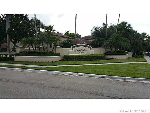 16231 Emerald Cove Rd, Weston, FL 33331 (MLS #A10583041) :: United Realty Group
