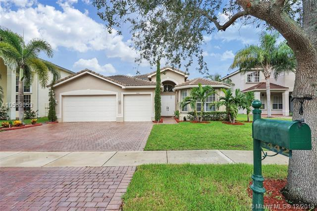 5442 SW 185 TER, Miramar, FL 33029 (MLS #A10583053) :: United Realty Group