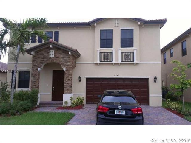 23341 SW 114th Pl, Homestead, FL 33032 (MLS #A10583069) :: Miami Villa Team