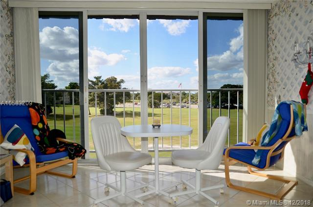 7817 Golf Cir Dr #302, Margate, FL 33063 (MLS #A10583209) :: Miami Villa Team