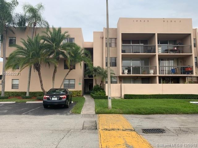 10525 SW 112th Ave #312, Miami, FL 33176 (MLS #A10583281) :: The Howland Group