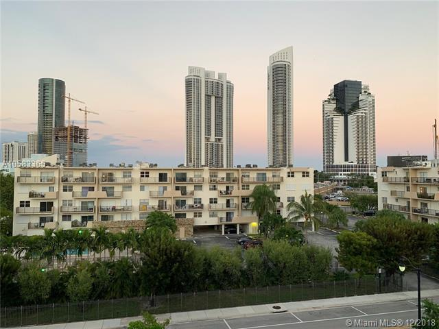 250 180th Dr #559, Sunny Isles Beach, FL 33160 (MLS #A10583365) :: United Realty Group