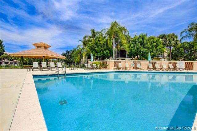 16870 Island Cove Dr #130, Jupiter, FL 33477 (MLS #A10583366) :: Green Realty Properties