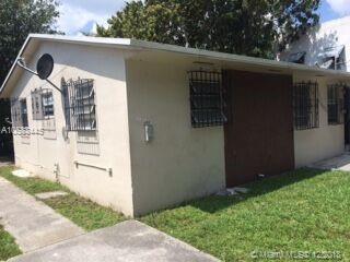 5936 NW 1st Ave, Miami, FL 33127 (MLS #A10583445) :: Miami Villa Team