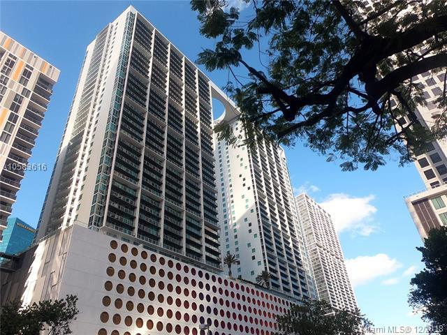 500 Brickell Ave #1710, Miami, FL 33131 (MLS #A10583616) :: The Howland Group